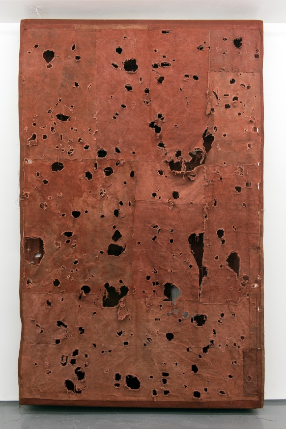 Simon Callery, Flat Painting Bodfari Ferrous, 2014-2015, canvas, distemper, thre