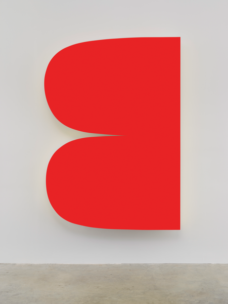 Ellsworth Kelly, Red Curves, 2014, painted aluminum, 90 x 63 1/2 inches (courtes
