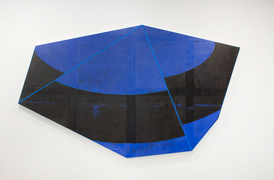 David Row, Counter Clockwise, 2018, oil on canvas, 65 x 110 inches (courtesy of the artist and Loretta Howard Gallery)