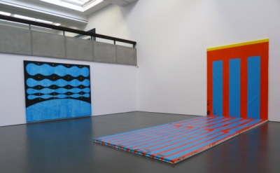 Installation view: Chris Martin: Staring at the Sun at Kunsthalle Dusseldorf (ph