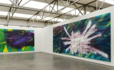 Installation view: Katharina Grosse: Two Younger Women Come In And Pull Out A Ta