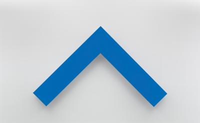 Ellsworth Kelly, Blue Angle, 2014 (courtesy of Matthew Marks Gallery)
