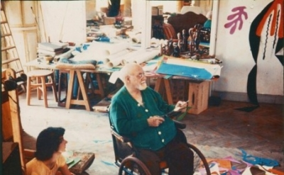 (detail) Matisse at the Hôtel Régina, Nice, c. 1952 (photo: Lydia Delectorskaya