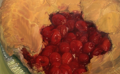 Catherine Murphy, Cherry Pie, 2014, oil on canvas, 38 x 45 1/4 inches (courtesy of a  private collection, New York)