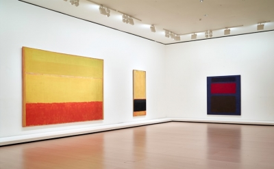 Installation view: Paintings by Mark Rothko at the Guggenheim Museum, Bilbao