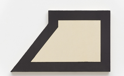 Ted Stamm, 78-SW-22, 1978, oil on canvas, 22 x 32 inches (courtesy of Lisson Gallery)