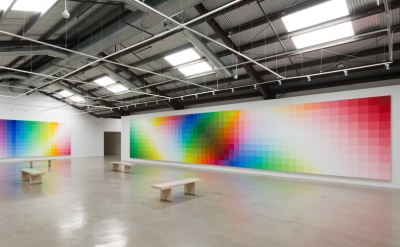 Installation view: Robert Swain: Form of Color at the Santa Monica Museum of Art