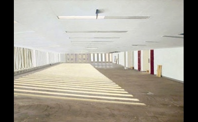Rackstraw Downes, Untenanted Space in the World Trade Center-Winter Sun, 1998, d