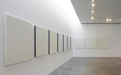 Robert Ryman, No Title Required 3, 2010 (Photo: Kerry Ryan McFate, courtesy of t