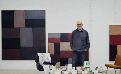 Sean Scully in his Barcelona studio (detail of photograph by Nick Ballon)