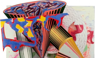 Frank Stella, Gobba, zoppa e collotorto, 1985, oil, urethane enamel, fluorescent alkyd, acrylic, and printing ink on etched magnesium and aluminum, 137 × 120 1/8 × 34 3/8 inches (The Art Institute of Chicago, © 2015 Frank Stella/Artists Rights Society)